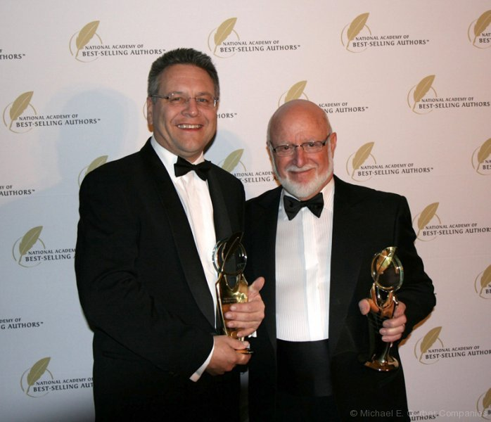 best-selling-author-award_nyc_12-2010
